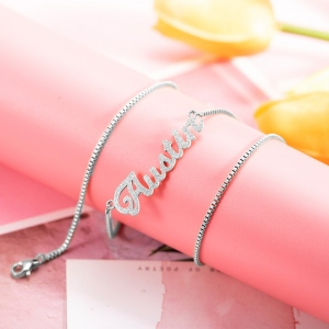 Personalized Sparkling Name Necklace in Silver