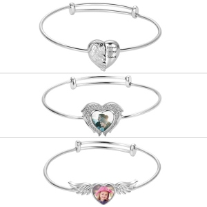 Engraved Heart-shaped Photo Bracelet in Silver