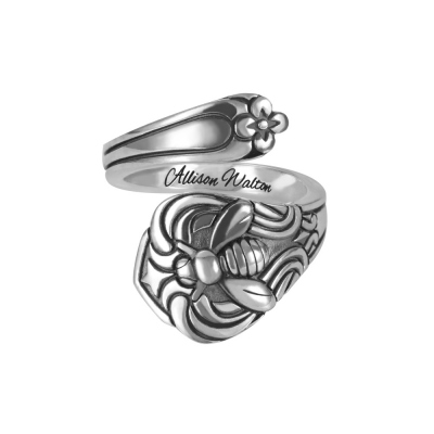 Engraved Bee Spoon Ring