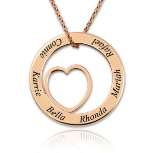 Engraved Circle Heart Name Necklace In Rose Gold for Mom