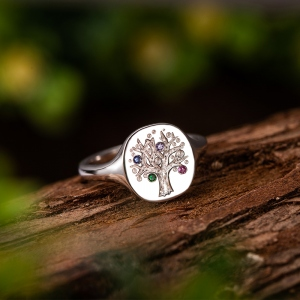 Personalized Family Tree Birthstone Signet Ring
