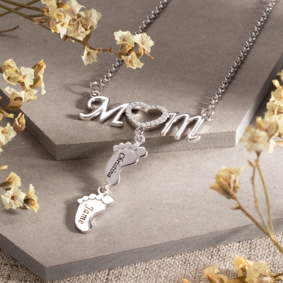 Personalized Mom Necklace with Baby Feet