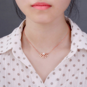 necklace for girlfriend
