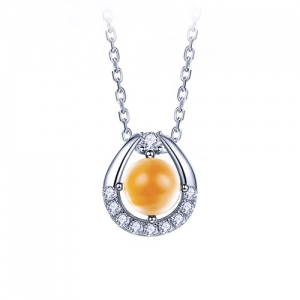 Natural Yellow Crystal Necklace With Zircon Surrounded